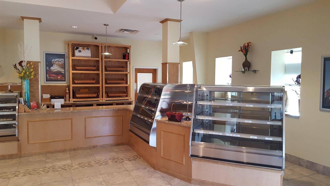 Alpine Bakery Interior Cash Wrap RTF