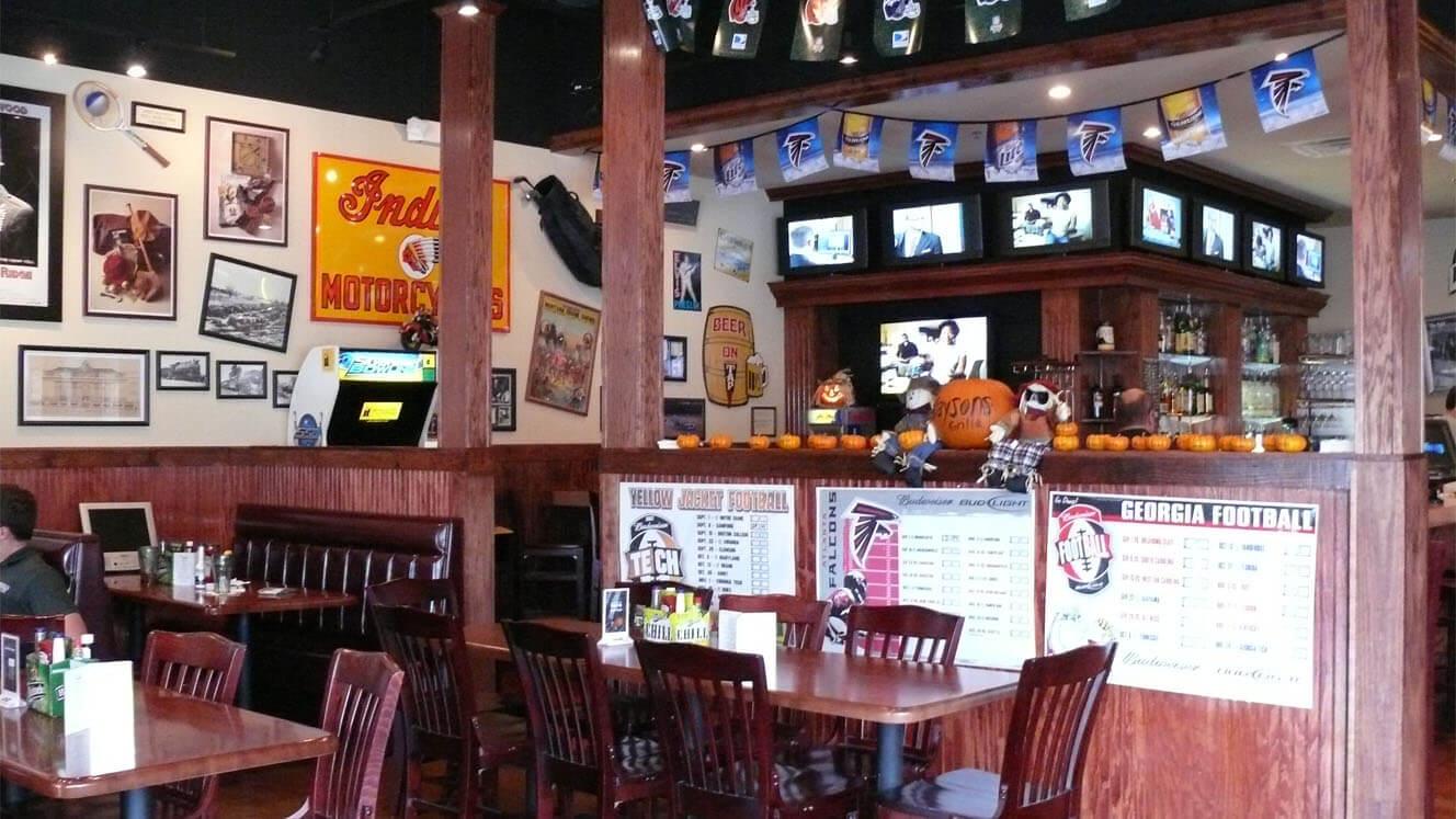 Kaysons RFT Restaurants Kaysons JB Dining Area Looking into Bar